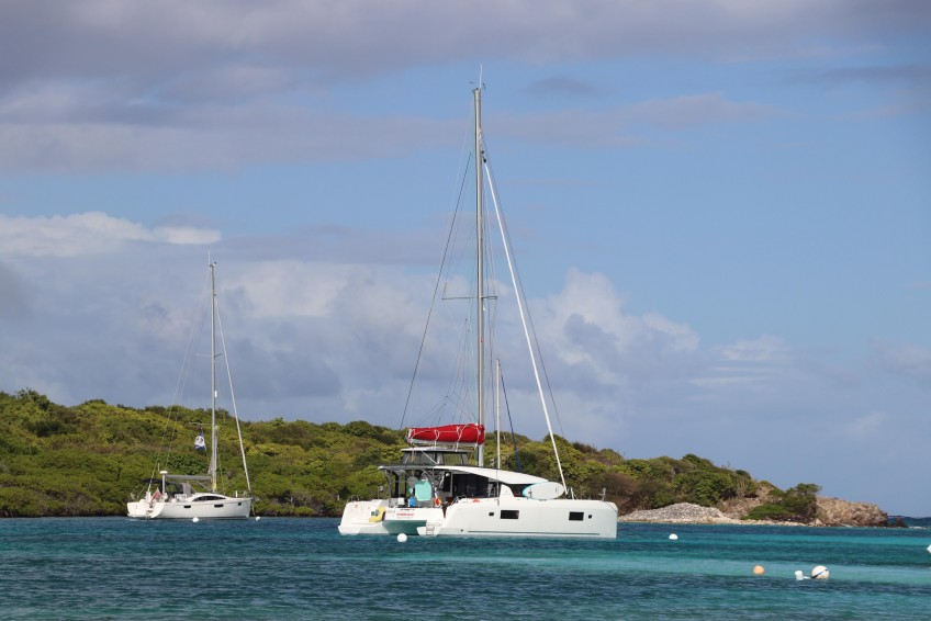 Private cruise Martinique or Guadeloupe catamaran