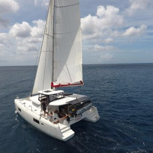 croisiere-privative-grenadines-catamaran-L420-02